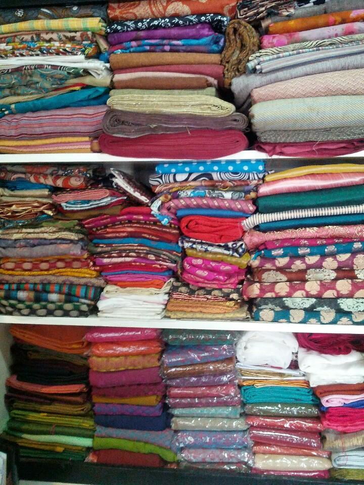 SHAMA DESIGNER CLOTHES & JEWELS
