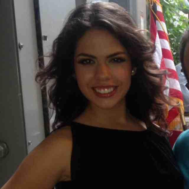 Contact Ximena Ramírez