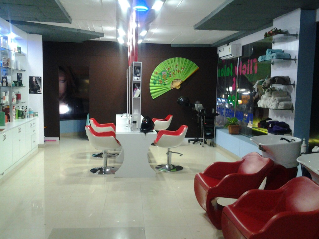 flicks salon and spa