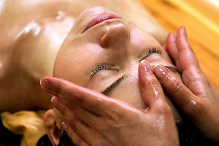 Garima Ayurvedic Treatment Center And Beauty Parlor or SPA