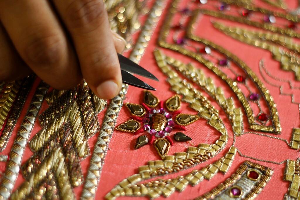 SIMORRA FASHIONISTA- Luxury Couture & PRET