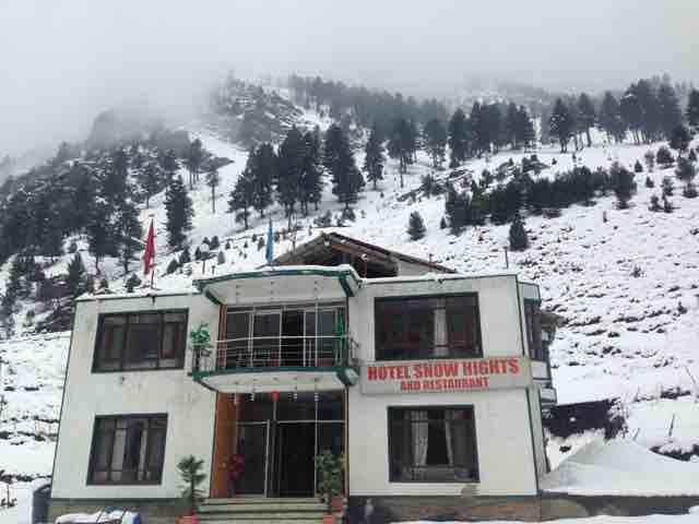 Snow Hights Hotel