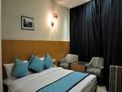 4* HOTEL AMARIS @ 3000/- cal -9557509543