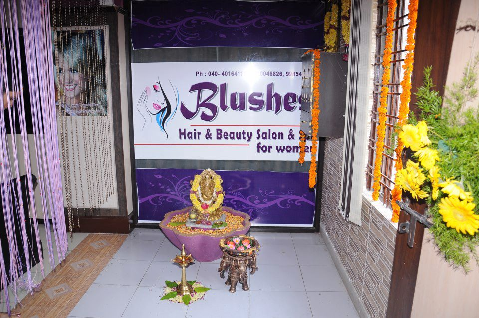 Blushes Hair & Beauty Salon