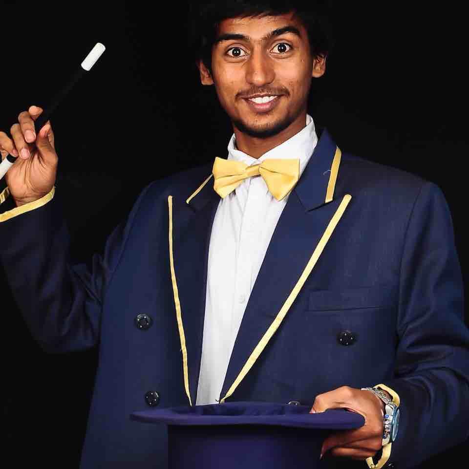 Magician Idris Bangalore