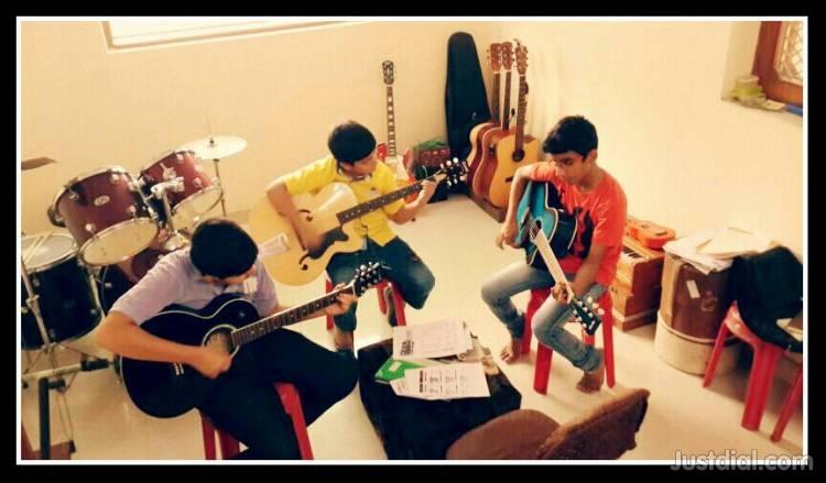 Indian Music Academy | Mukherjee Nagar | 8587997445