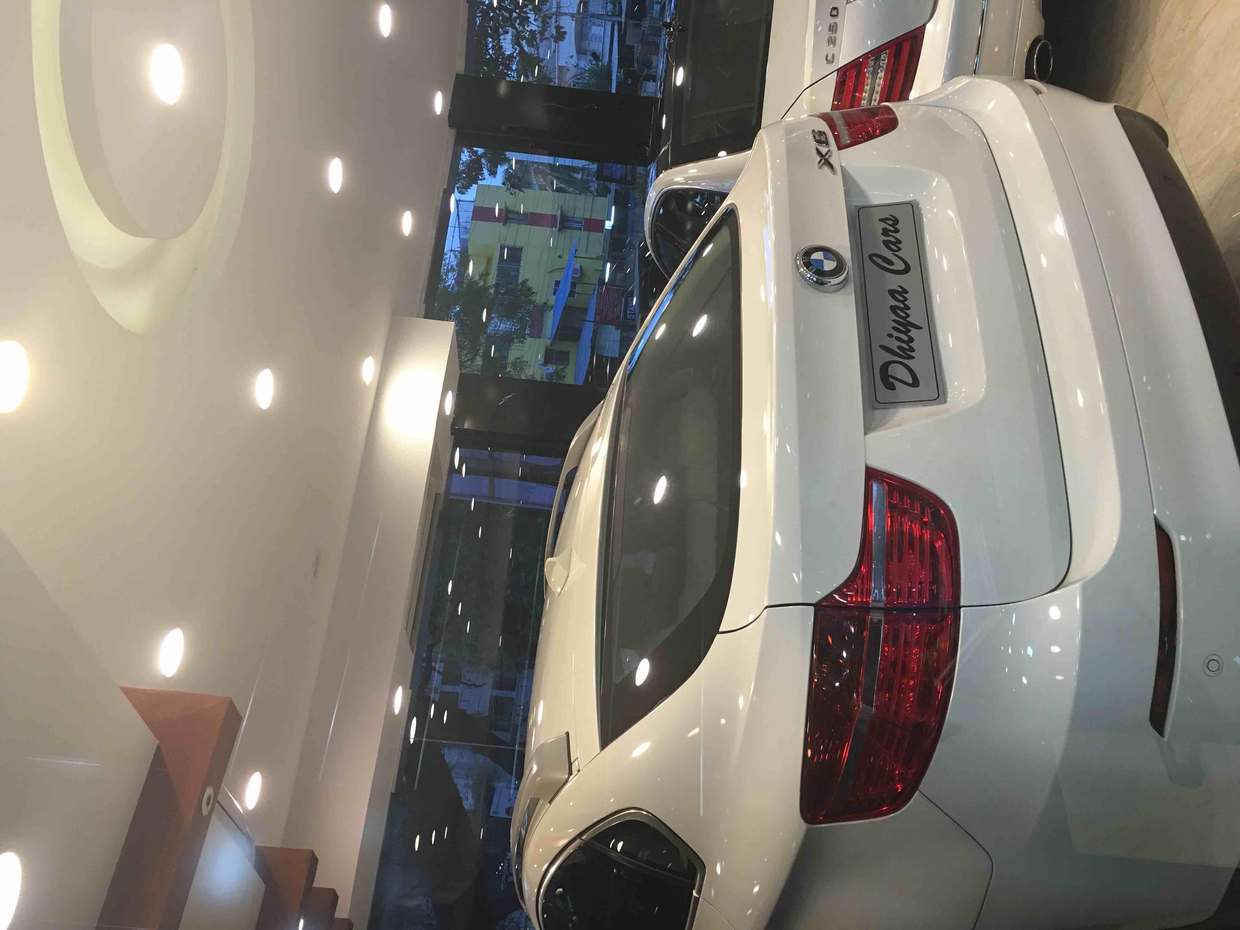 Dhiyaa cars 9843539991