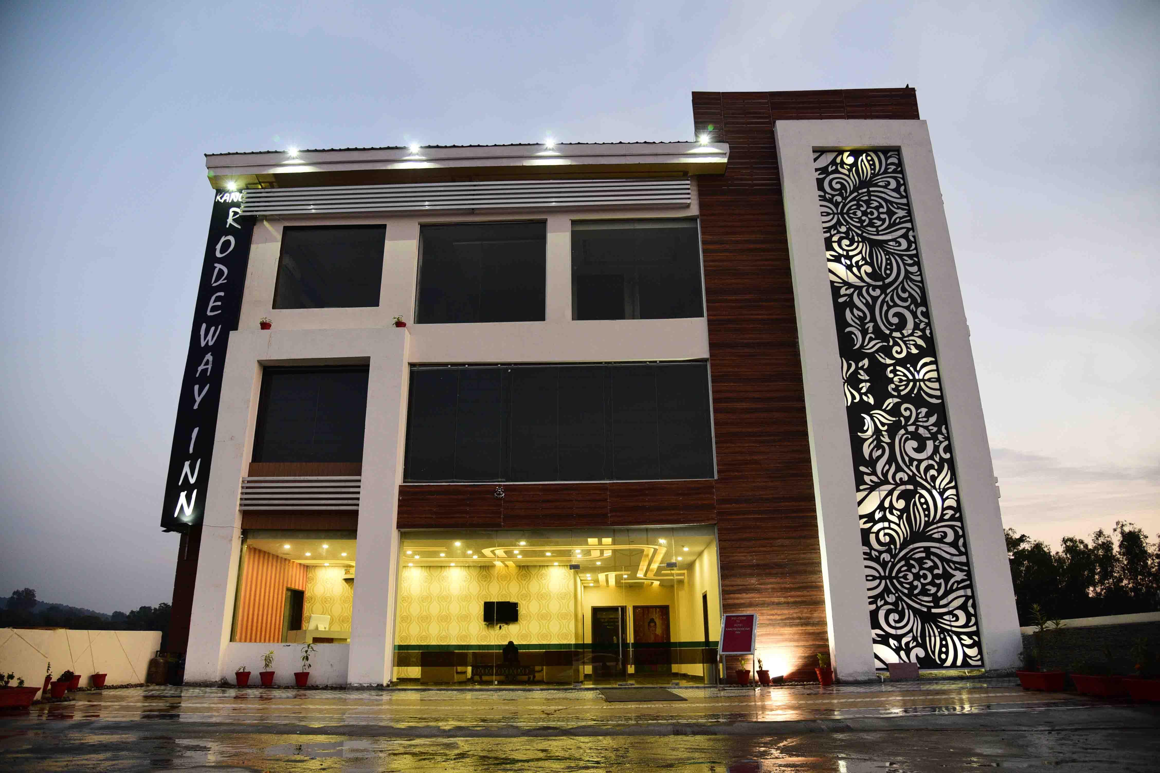Hotel Kangra Rodeway Inn