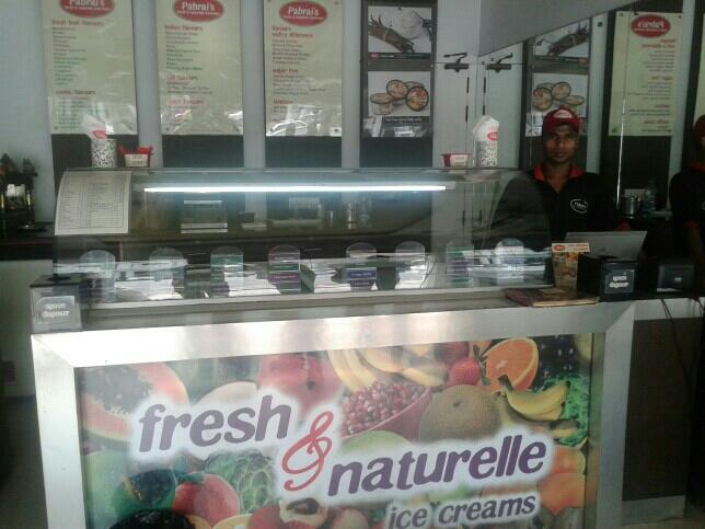 Pabrai,s fresh & naturelle icecreqm