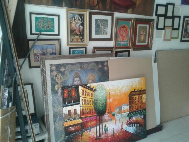 Kohli frames & art gallery