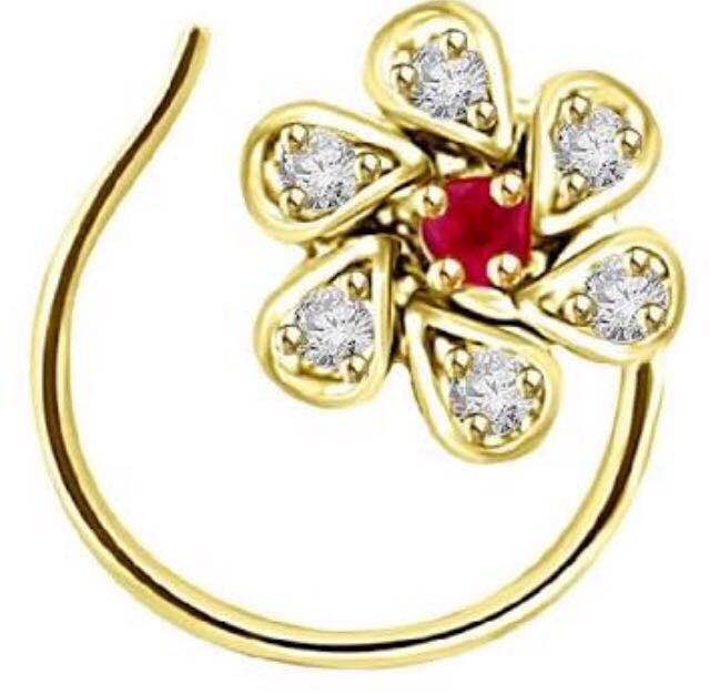 Om Creations - Manufacturer & Wholesaler for Diamond studded Gold Jewellery