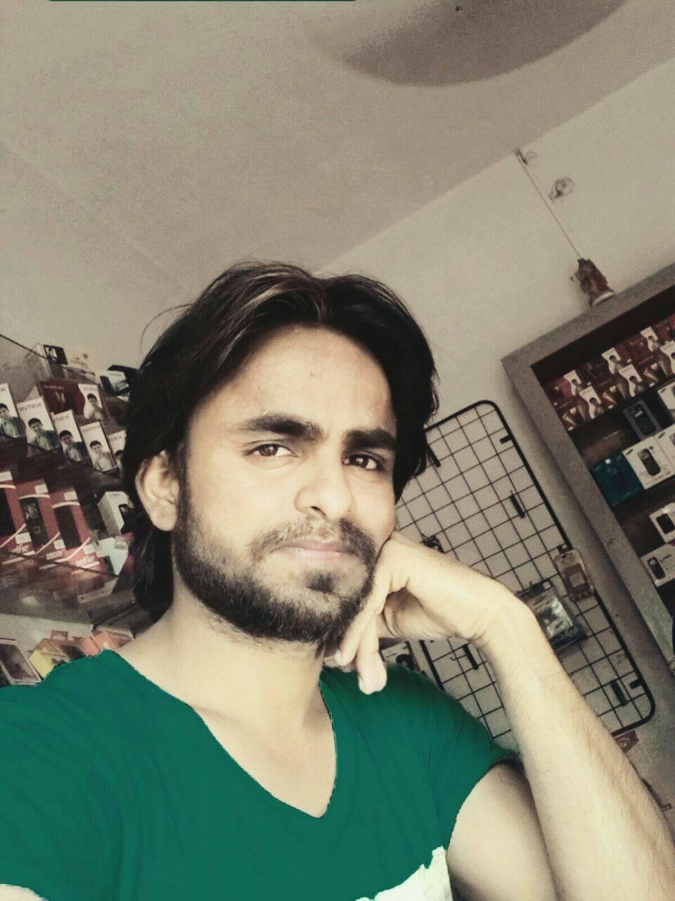 Rahul Singh DJ Wale Babu